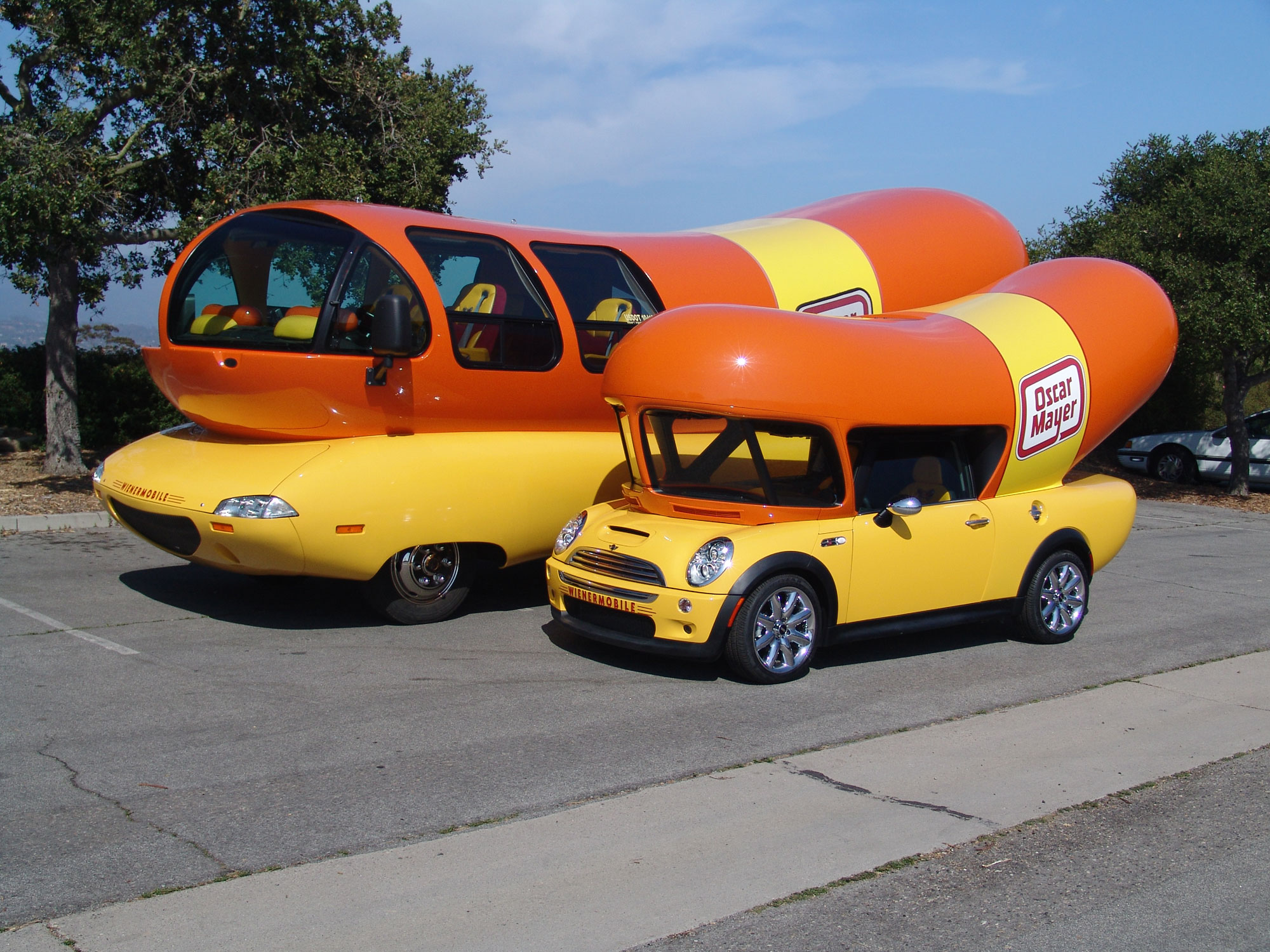 An Encounter With The Wienermobile additionally Catchy Hot Dog Slogans And Great Taglines besides Oscar Meyer Unveils New Fleet Of Weinermobiles likewise Ketchup With The Oscar Mayer Wienermobile This Week 6585843 as well Justin Bieber Luis Fonsi Despacito Remix. on oscar mayer wiener